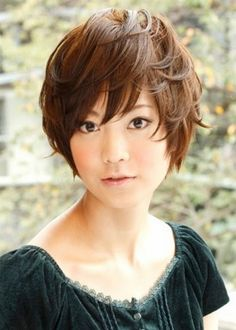 女生流行短髮