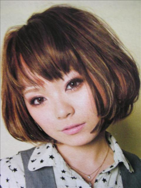 https://www.10500.com.tw/uploads/tadgallery/2009_04_15/1241_1112685785.jpg 女生短髮