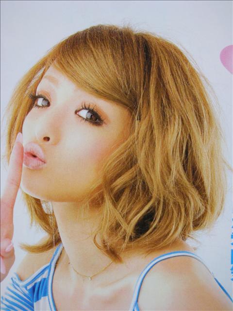 https://www.10500.com.tw/uploads/tadgallery/2009_04_15/1489_1112685798.jpg 女生短髮