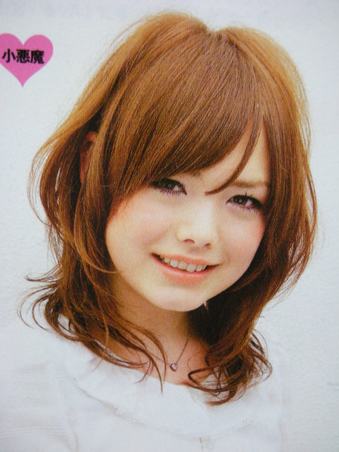 https://www.10500.com.tw/uploads/tadgallery/2009_06_04/1206_1112677996.jpg 女生短髮