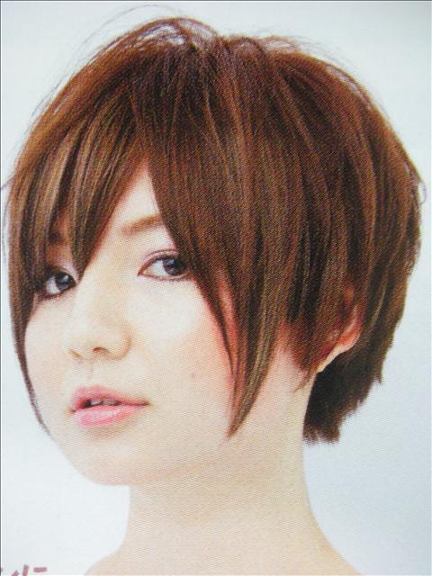 https://www.10500.com.tw/uploads/tadgallery/2009_07_02/1045_1112677977.jpg 女生短髮