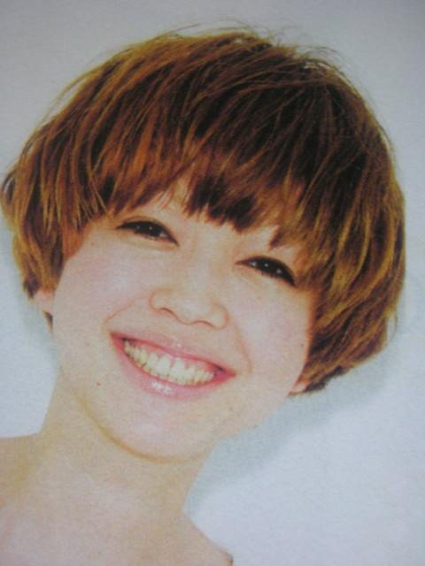 https://www.10500.com.tw/uploads/tadgallery/2009_08_06/1038_1112677958.jpg 女生短髮