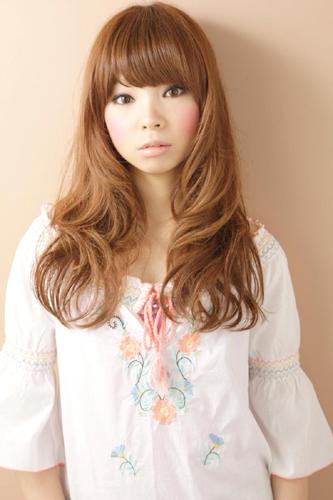 https://www.10500.com.tw/uploads/tadgallery/2009_11_09/780_38121_1_800x0~0.jpg 女生長髮