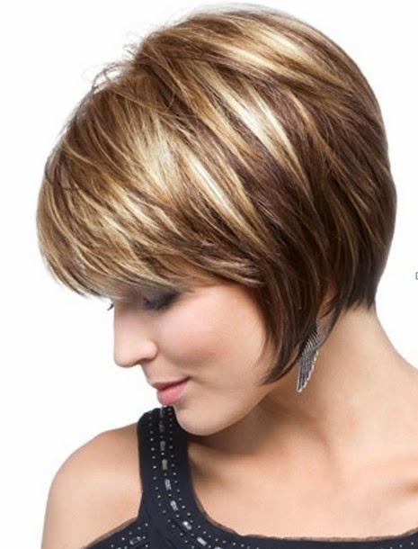 https://www.10500.com.tw/uploads/tadgallery/2018_03_20/719_Chin-Length-Texture-Bob-Haircut.jpg 女生短髮髮型