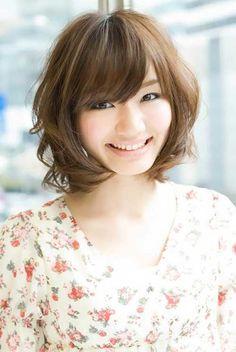 https://www.10500.com.tw/uploads/tadgallery/2019_12_24/12_11ab9c4d8356bb32e795ab1a1180fee7.jpg 女生短髮
