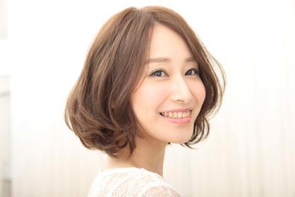 https://www.10500.com.tw/uploads/tadgallery/2019_12_24/32_162751_40_418x0.jpg 女生短髮