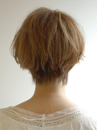 https://www.10500.com.tw/uploads/tadgallery/2019_12_24/37_1026947230.jpg 女生短髮