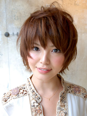 https://www.10500.com.tw/uploads/tadgallery/2019_12_24/61_1026957094.jpg 女生短髮