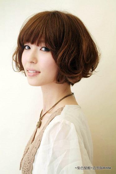 https://www.10500.com.tw/uploads/tadgallery/2019_12_24/66_1112672159.jpg 女生短髮