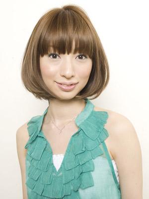 https://www.10500.com.tw/uploads/tadgallery/2019_12_27/124_1112677931.jpg 女生短髮