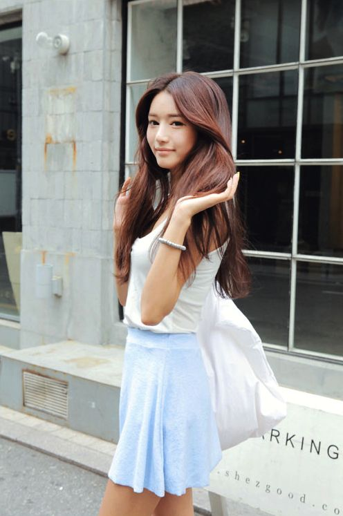 https://www.10500.com.tw/uploads/tadgallery/2020_01_22/465_3aee667de6dfa341ba0dc712a590d2ec.jpg 女生長髮