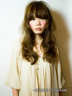 https://www.10500.com.tw/uploads/tadgallery/2020_03_08/537_1112672179.jpg 女生長髮