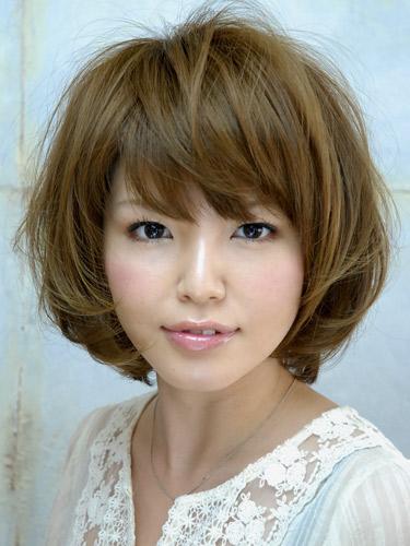 https://www.10500.com.tw/uploads/tadgallery/2020_04_29/917_1112672223.jpg 女生短髮
