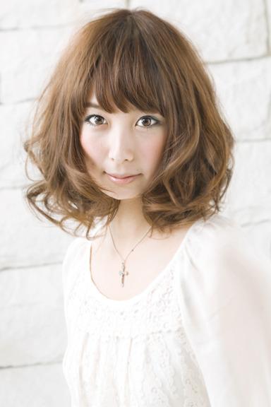 https://www.10500.com.tw/uploads/tadgallery/2020_04_29/926_1112672252.jpg 女生短髮
