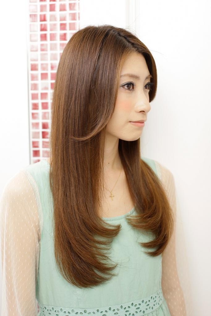https://www.10500.com.tw/uploads/tadgallery/2020_05_03/949_94751_3_1200x0.jpg 女生長髮
