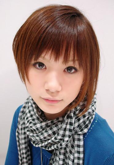 https://www.10500.com.tw/uploads/tadgallery/2020_05_17/1022_1112672312.jpg 女生短髮