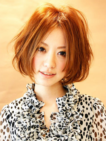 https://www.10500.com.tw/uploads/tadgallery/2020_05_17/1025_1112677914.jpg 女生短髮