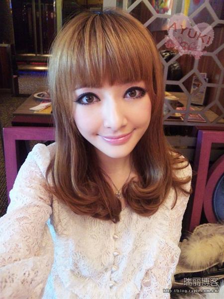 女生中長髮髮型圖片